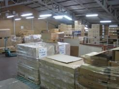 安心・安全 高品質の商品管理:倉庫の様子